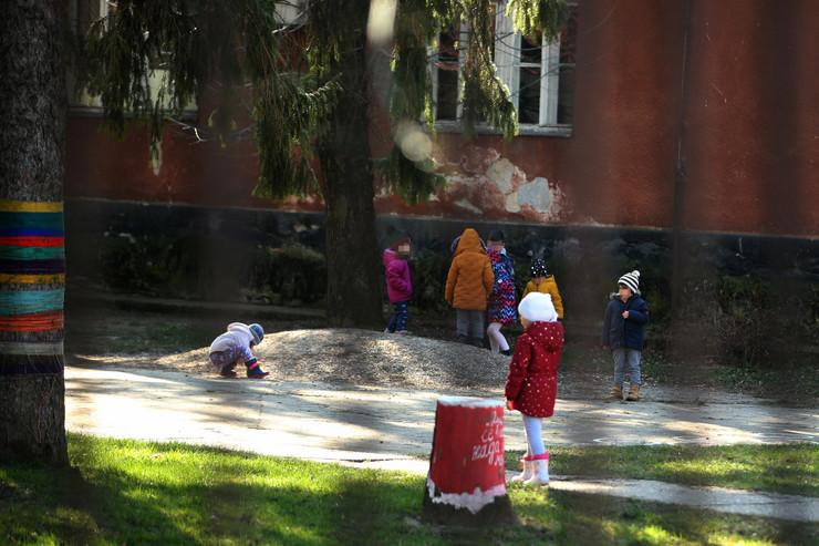vrtić-deca-ilustracija-03-foto-S-PASALIC