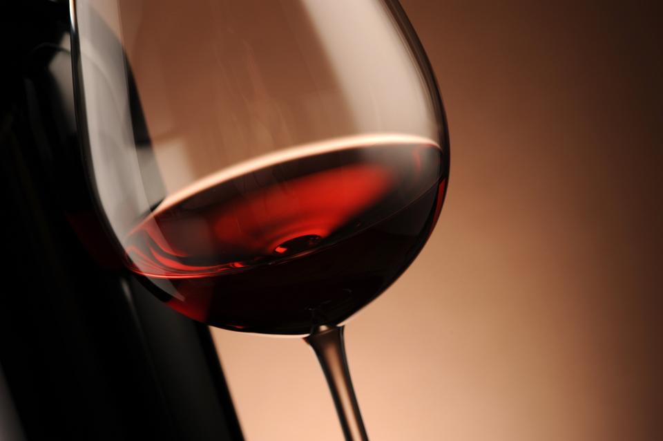 3. Alkohol - zapobiega demencji i chorobie Alzheimera