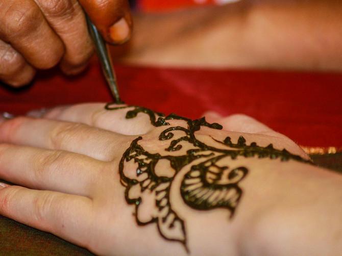 Otišla je u Egipat na odmor i poželela da uradi tetovažu kanom: Ono što je usledilo, postalo je njena NAJVEĆA NOĆNA MORA