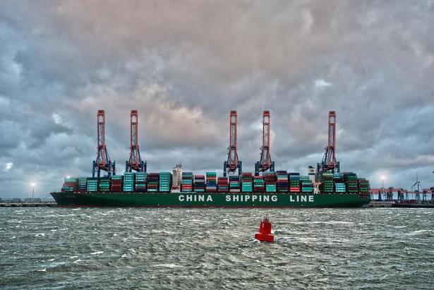 CSCL Globe - rozładunek w Rotterdamie
