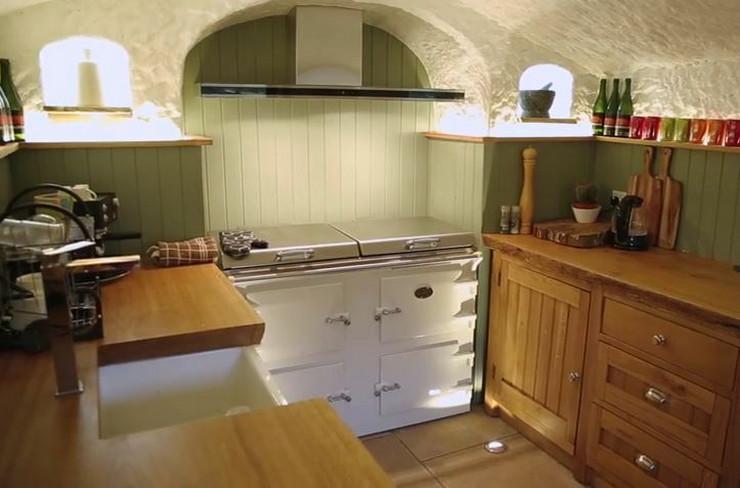 kuhinja u pećini