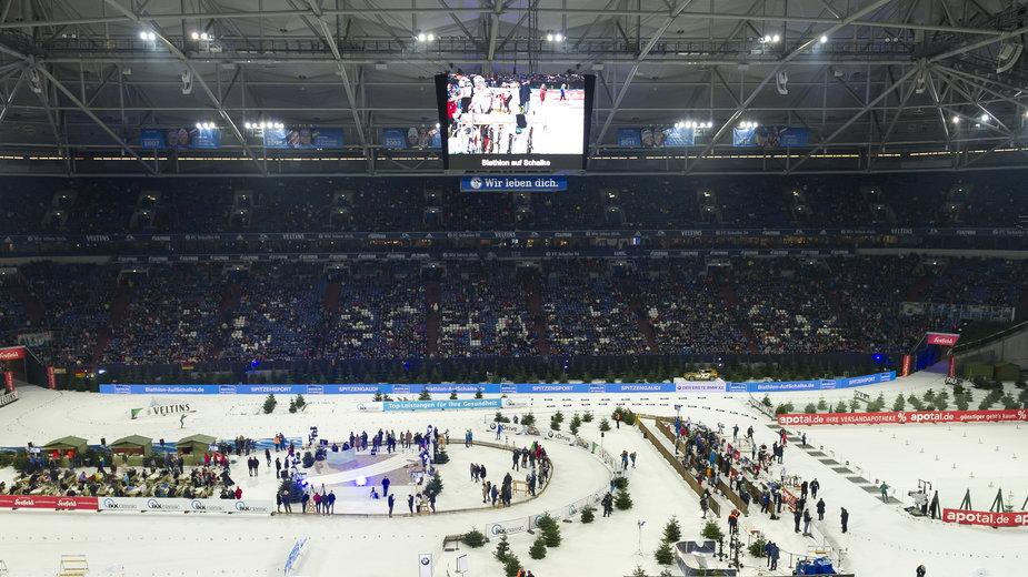Biathlonowe zawody na stadionie Schalke
