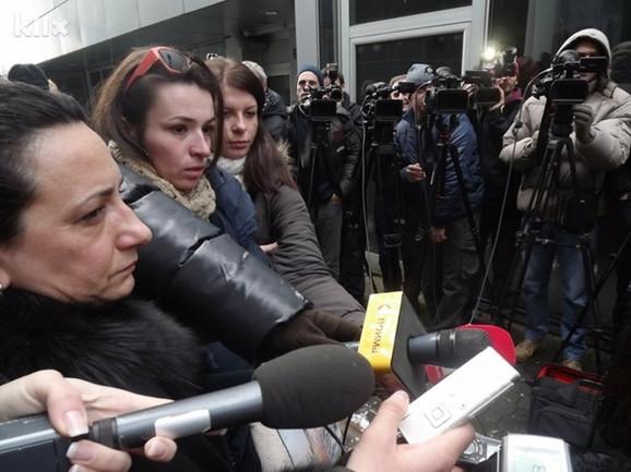 Protesti novinara započeli su juče u Banjaluci i danas u Sarajevu