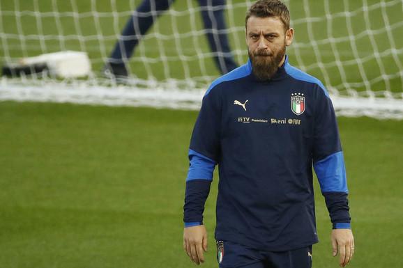 """""""Uplašio sam se!"""" Legendarni italijanski fudbaler diše uz pomoć maske za kiseonik i otkriva DOSAD NEPOZNATE SIMPTOME korone!"""