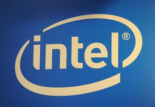 Intel walczy o rynek smartfonów i tabletów