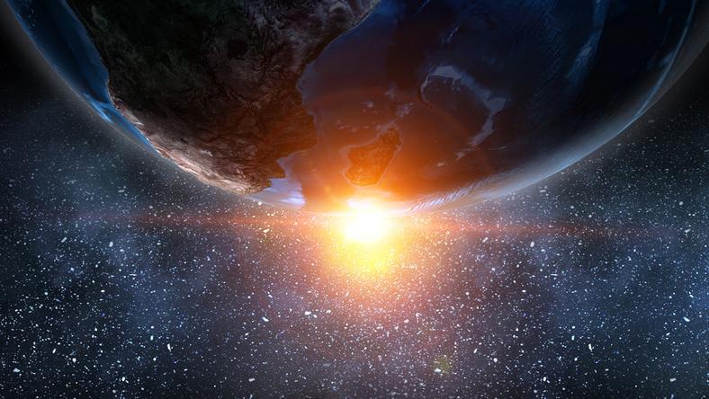 Kilkunastometrowa planetoida przeleci w czwartek blisko Ziemi