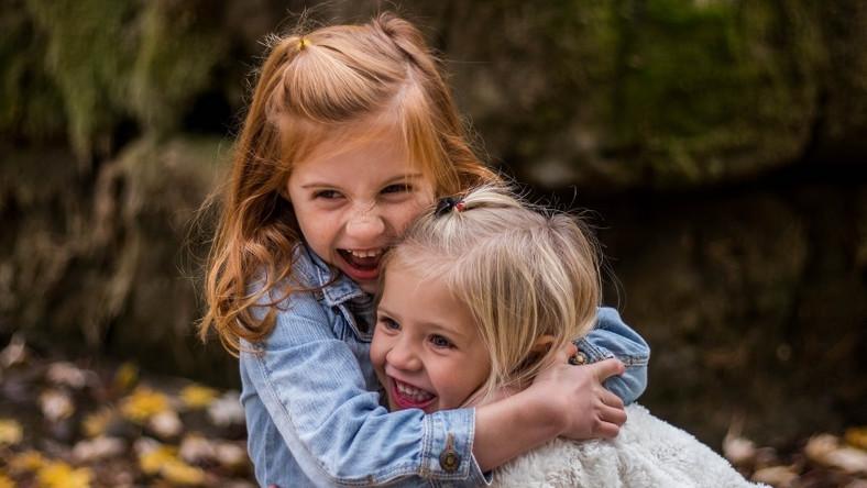 Czym mogą się objawiać zaburzenia integracji sensorycznej?
