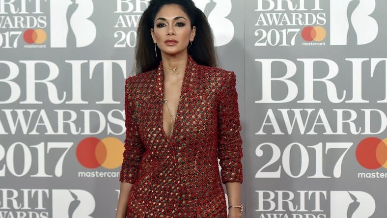 W kończącym się tygodniu gwiazda pojawiła się na gali BRIT Awards i zachwyciła wyglądem...