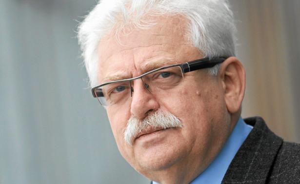 Romuald Szeremietiew, były wiceminister obrony narodowej, członek partii Polska Razem współtworzącej rząd