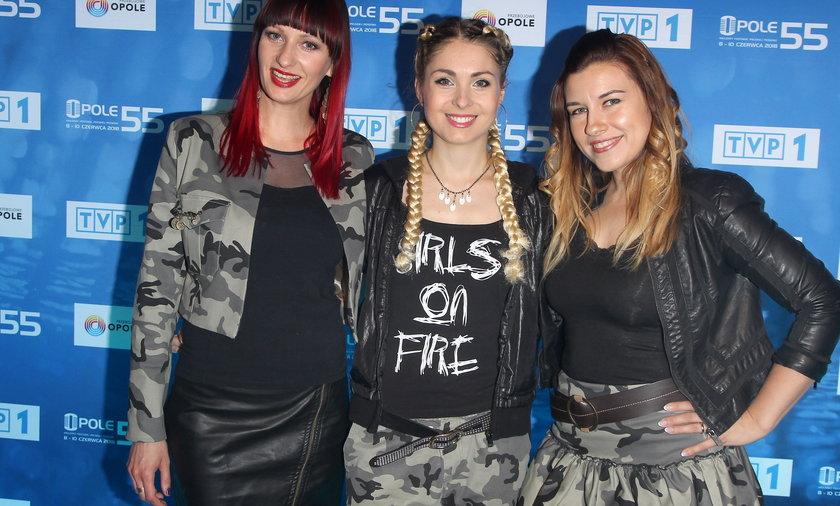 Zespół Girls on Fire