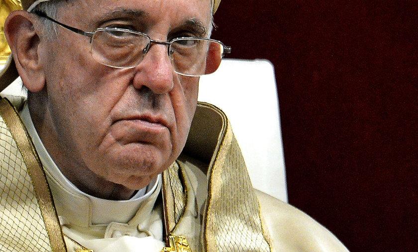 Papież zdradzony przez współpracowników