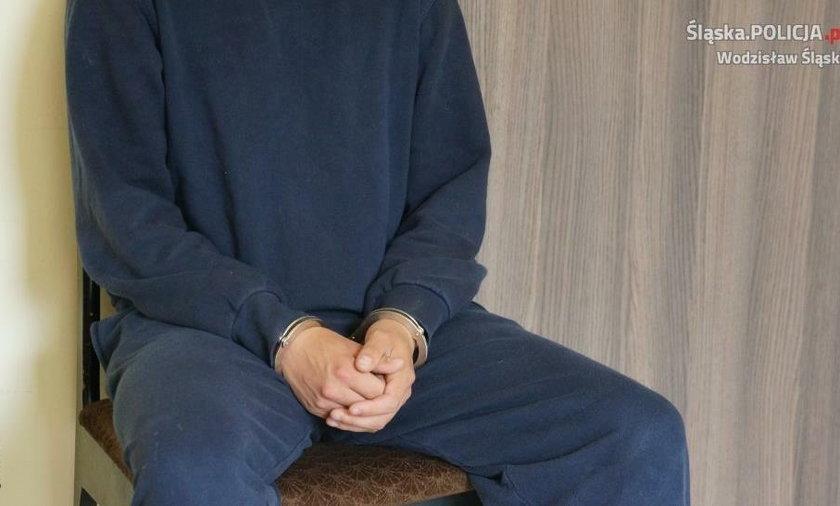 20-latek oskarżony jest o zgwałcenie koleżanki