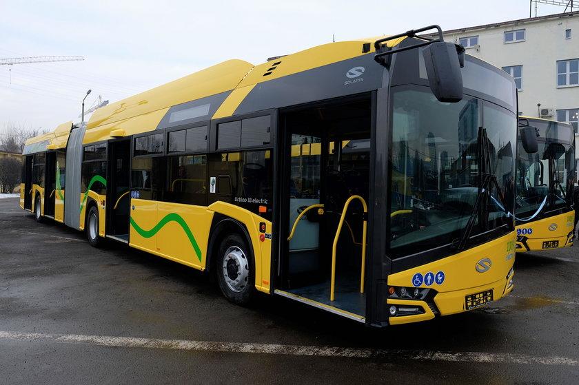 Katowice. Pierwsze elektryczne autobusy dotarły do PKM