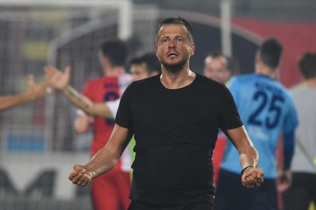 Nenad Lalatović na jednom od prethodni mečeva između FK Vojvodina i FK Partizan