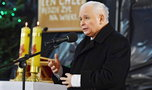 Jarosław Kaczyński bez maseczki na mszy. Będzie miał kłopoty. Sanepid wszczął postępowanie