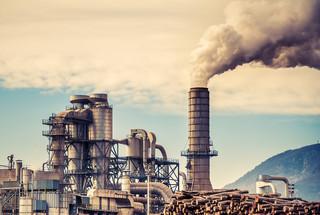 Sny o dymiących kominach. Nie ma co liczyć na wielki powrót przemysłu