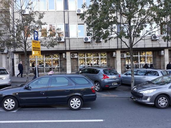 Blokirani vozači u Nemanjinoj ulici