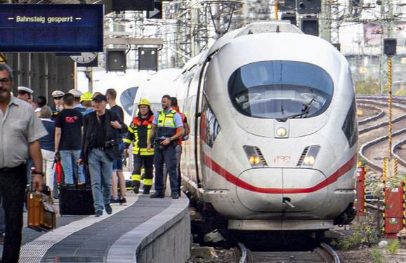 frankfurt stanica 02