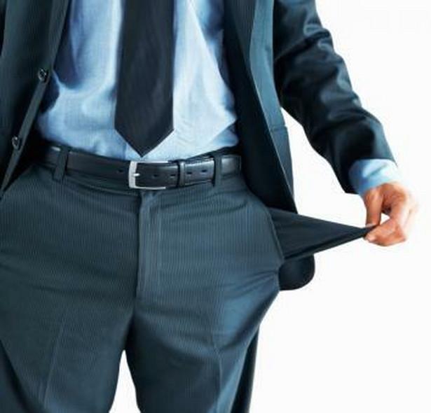 Jedną z przyczyn narastającego kłopotu zatorów płatniczych jest narzucenie firmom budowlanym w przetargach warunków płatnościpo wykonaniu całości inwestycji.