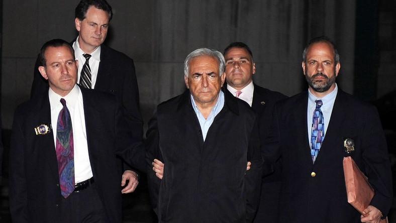 Mimo afery wokół Dominique'a Strauss-Kahna francuska lewica wciąż wygrywa w przedwyborczych sondażach