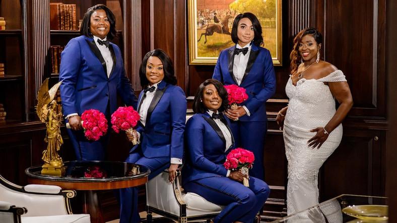 d1e1f3f9f1 A bride had her bridesmaids wear bright blue custom-made tuxedos ...