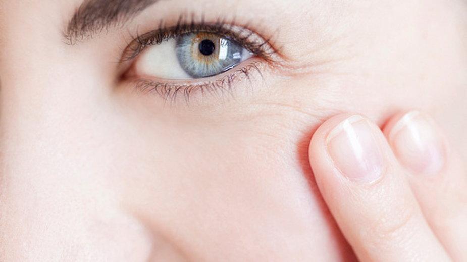 Powikłania po koronawirusie dotyczą także oczu