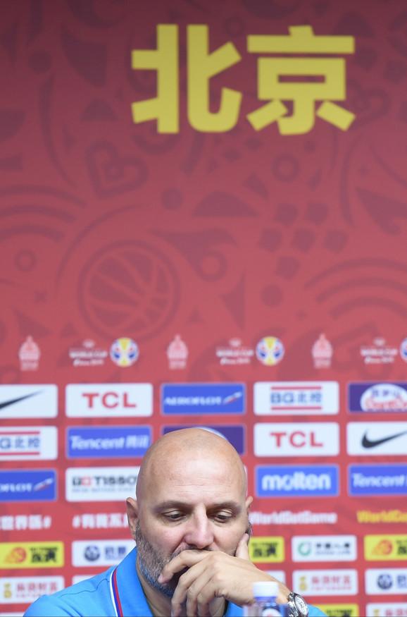 Aleksnadar Đorđević posle meča sa Češkom za peto mesto, kada je poslednji put održao konferenciju za medije kao selektor košarkaške reprezentacije Srbije