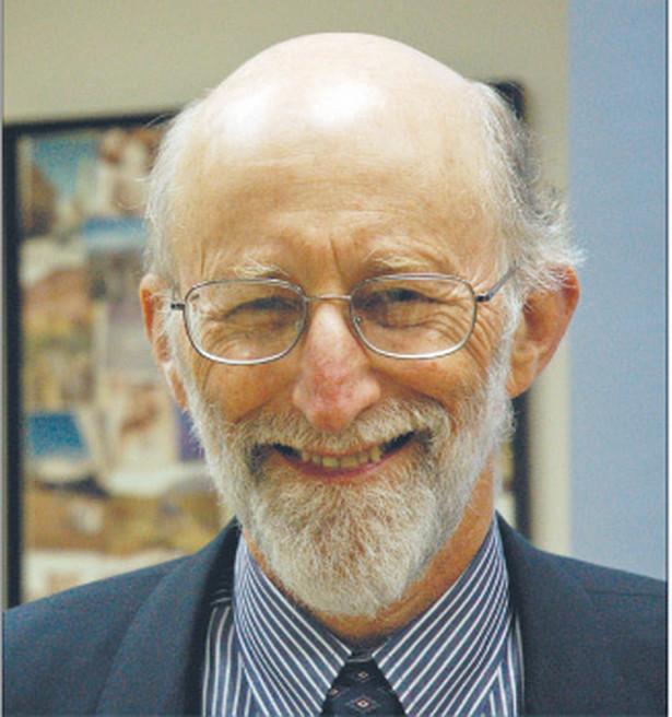 """Daniel S. Hamermesh, jeden z nestorów amerykańskiej ekonomii. Obecnie pracuje na Uniwersytecie Teksaskim w Austin. W trakcie swojej kariery wykładał na ponad 200 uniwersytetach w 26 krajach. Autor bestsellerowej książki """"Economics is Everywhere"""" (Ekonomia jest wszędzie). Jest jednym z najaktywniejszych blogerów na najpopularniejszym amerykańskim portalu ekonomicznym Freakonomics.com. Fot. Mat. prasowe"""