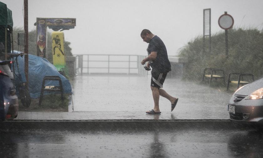 Pogoda IMGW na 19 i 20 lipca. Burze i przelotne opady deszczu mogą pojawić się w wielu częściach kraju