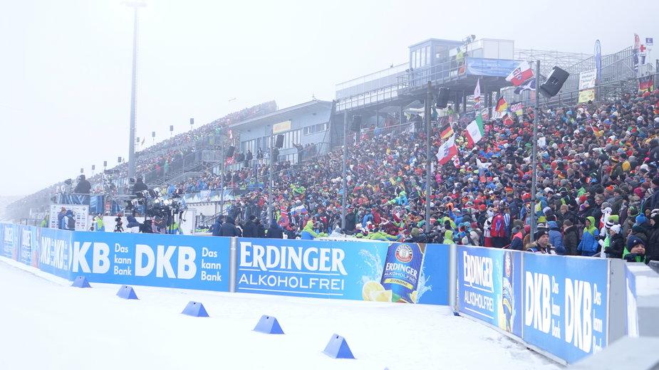 Trybuny stadionu biathlonowego w Oberhofie