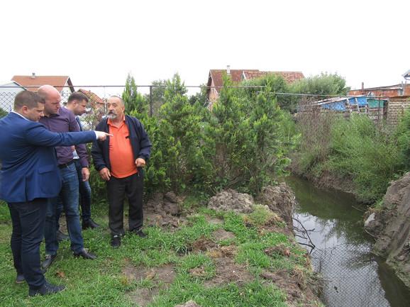 Nikodijević u Borči: Kanali su bili zatrpani, sada su mapirani i sledi privođenje nameni