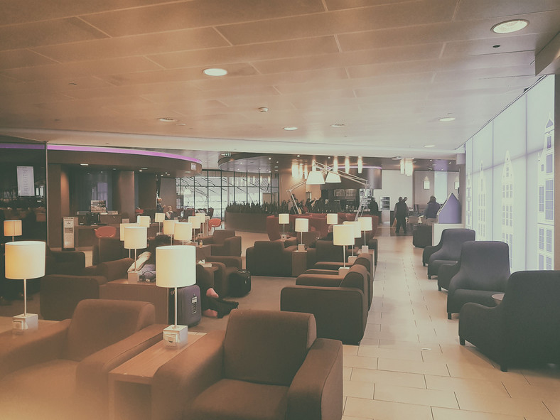 KLM, salonik KLM Crown Lounge w Amsterdamie
