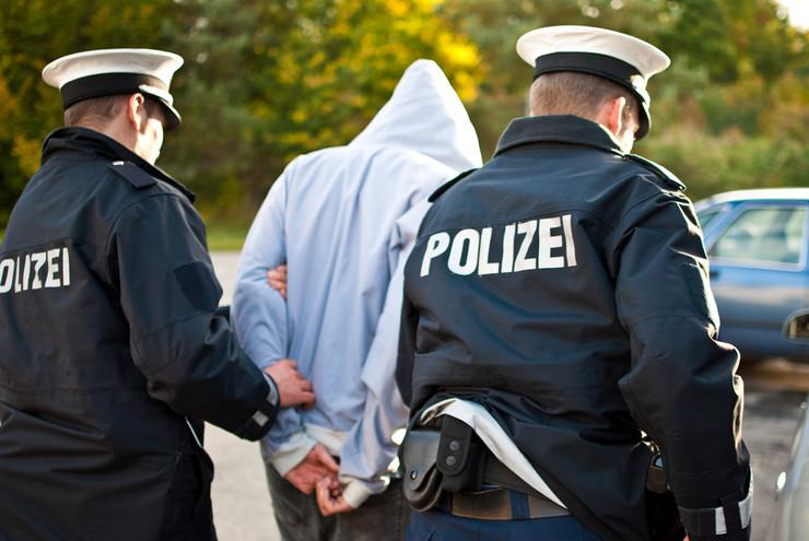 nemacka policija shutterstock_112401443