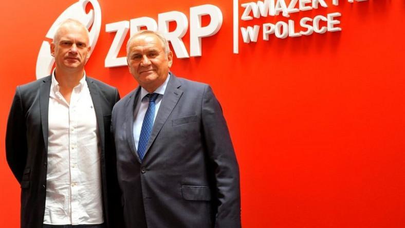 Arne Senstad (z lewej) i prezes ZPRP Andrzej Kraśnicki