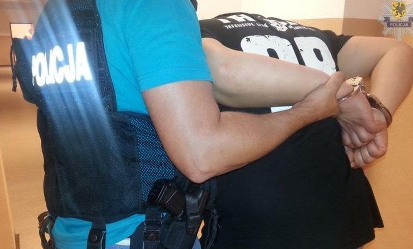 Bandyta napadł na taksówkarza w Słupsku