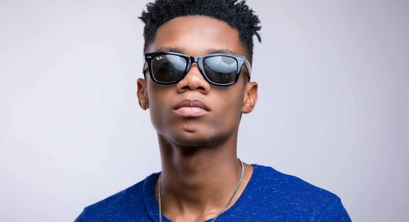 Highlife singer, Kidi