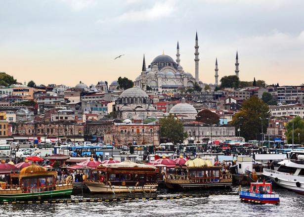 Od nieudanego zamachu stanu, Erdogan przejmuje coraz większego władzę