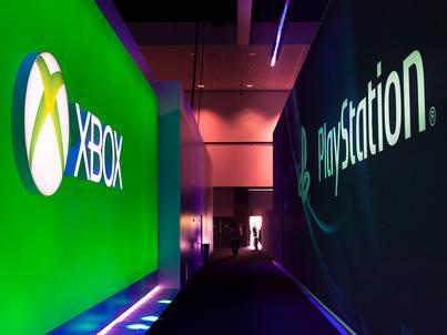 PlayStation i Xbox od lat są głównymi konkurentami na rynku konsol. Obecnie trwają rozmowy na temat wspólnej gry użytkowników różnych sprzętów
