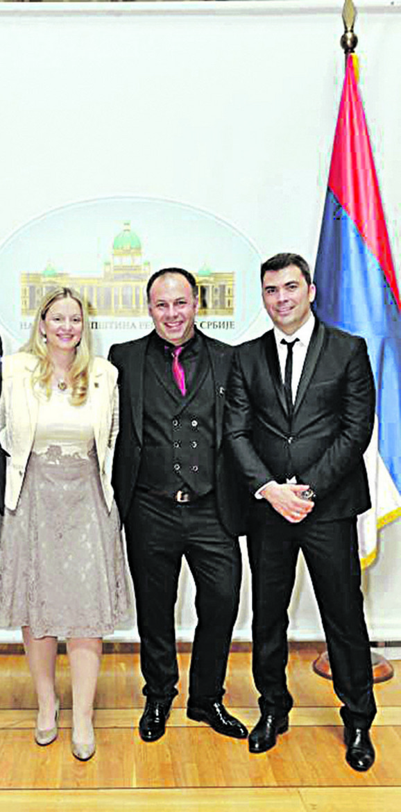 Bivša direktorka sa uhapšenim Karićem i Spajićem