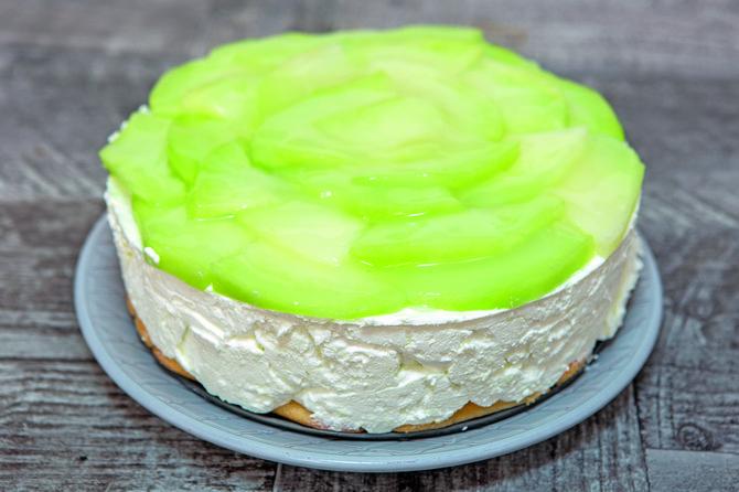 Napravite sočni kolač od dinje
