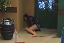 """JEZIVE SCENE U """"ZADRUZI"""" Mina se bacala po podu i plakala na sav glas, URLICI ODZVANJALI imanjem"""
