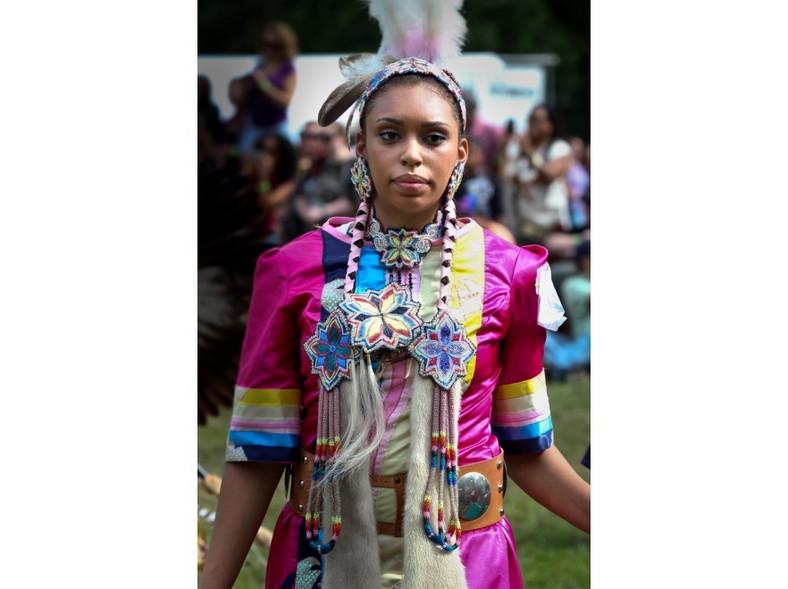 Kobieta z jednego z plemion indiańskch Ameryki Południowej