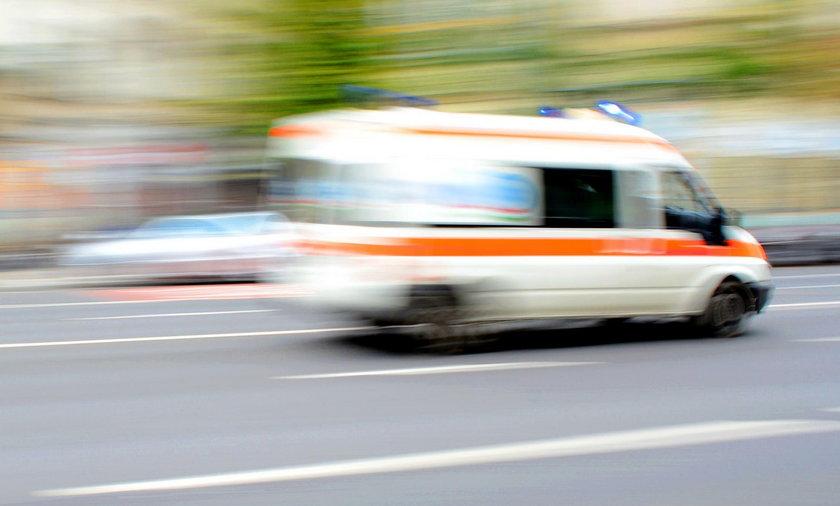 35-latek dogorywał w szpitalu, czekając na karetkę