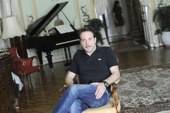 Producent i glumac: Gordan Kičić