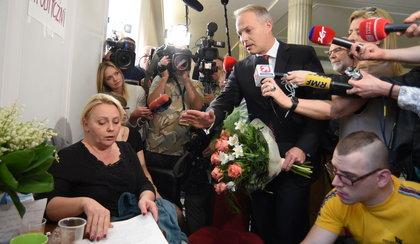 Żalek w końcu przeprosił protestujących w Sejmie, bo zmusili go do tego w partii