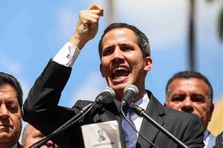 Guaido rozważy amnestię dla Maduro i jego sojuszników. Wcześniej ogłosił się tymczasowym prezydentem Wenezueli