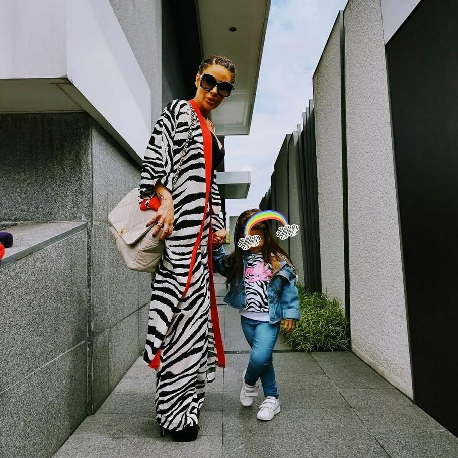 Ana Nikolić sa ćerkom Tarom