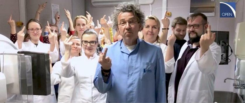 Lekarze z Poznania dosadnie odpowiedzieli Lichockiej. Ich film robi furorę!