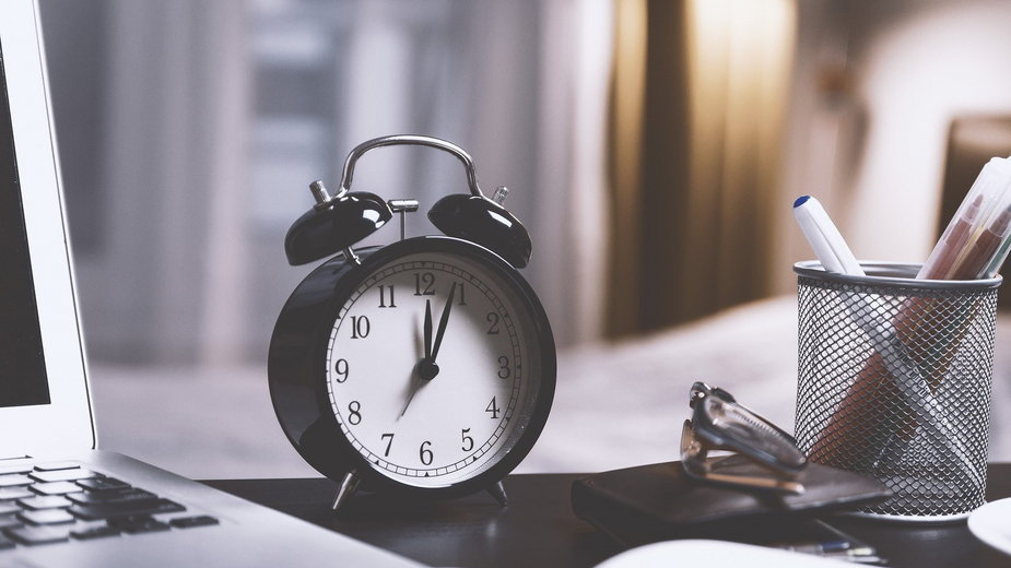 Czas zmieniamy w nocy z 25 na 26 października 2020 roku - JESHOOTS-com/pixabay.com