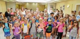 116 małych uczniów dostało wyprawki od VIP-ów!
